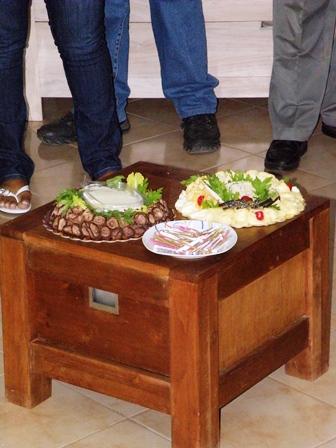 Estas viendo imágenes del artículo: Brindis inaugural de Angeluz - Centro Estético