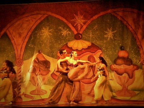 Estas viendo imágenes del artículo: Estas navidades no te pierdas 'El Cascanueces' en el Centro de Arte de La Asunción