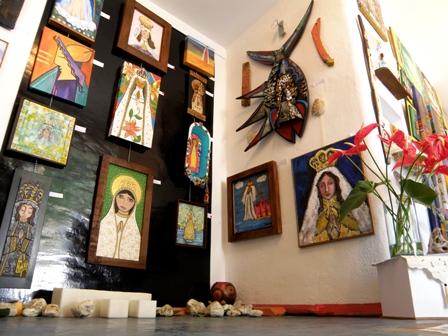 Estas viendo imágenes del artículo: Margarita Patios presenta exposición 'Bendita Eres'