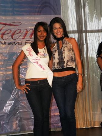 Estas viendo imágenes del artículo: Miss Teen Nueva Esparta 2011: Entrega de bandas a las participantes