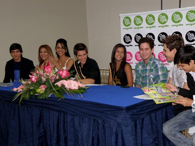 Estas viendo imágenes del artículo: Rueda de prensa con los ganadores del Estrellas Wayuko Models 2010